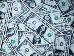利變型儲蓄險風光不再 分紅保單看俏?